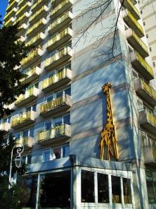 Giraffenhaus by Gerhard Siegmann